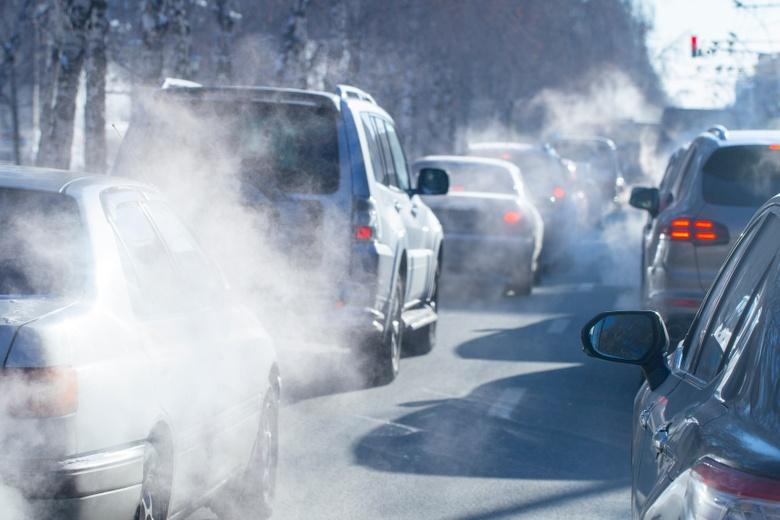 """Выбросы в воздух от авто сокращаются из-за """"парниковых"""" налогов фото"""