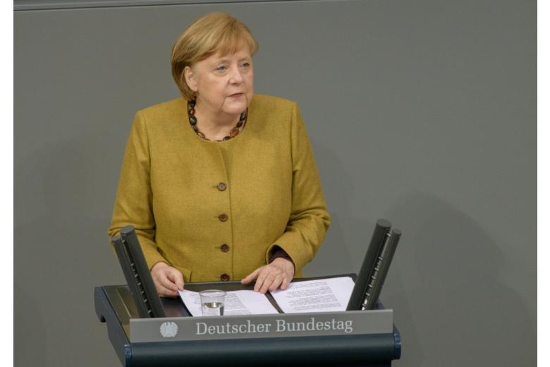Ангела Меркель и производство вакцин фото