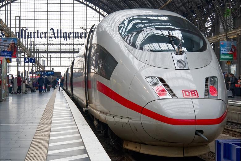 компания Deutsche Bahn фото