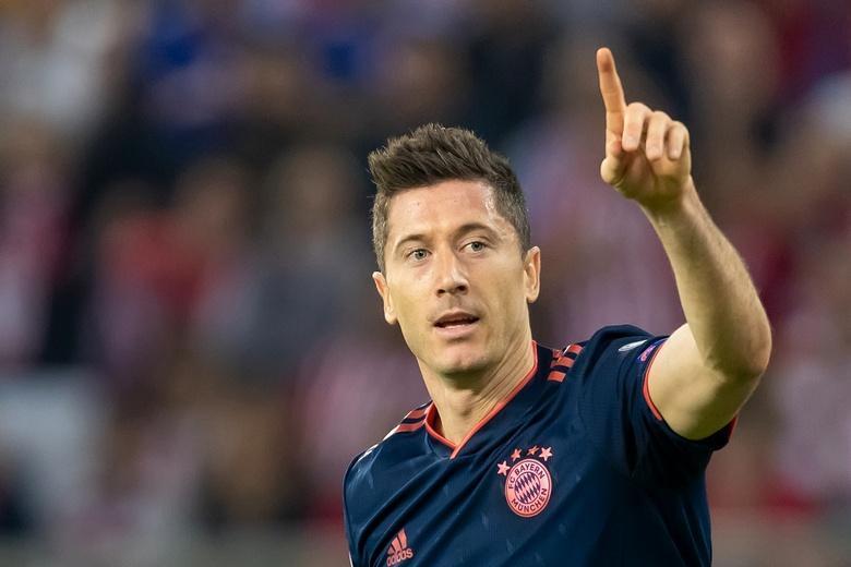 Лучший бомбардир Бундеслиги хочет подольше остаться в большом футболе фото