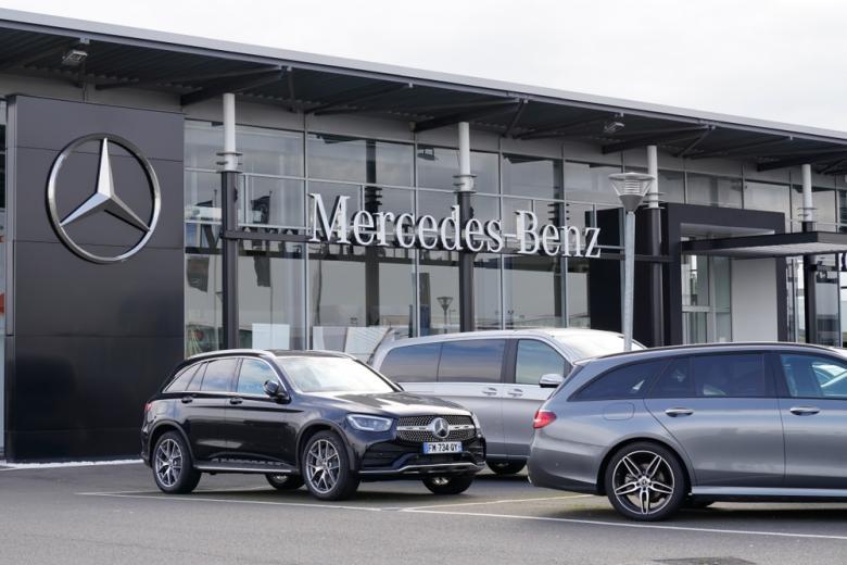Mercedes-Benz фото