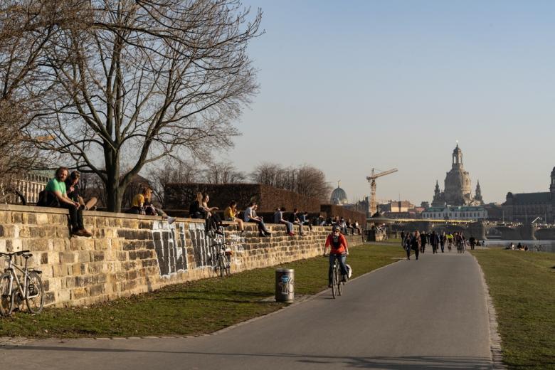 Мобильность немцев в Дрездене фото