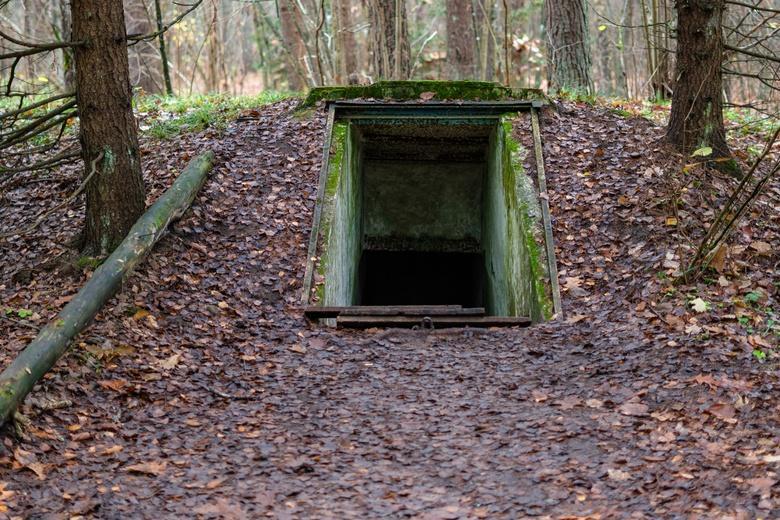 Подземный бункер времен «холодной войны» продали новому хозяину фото