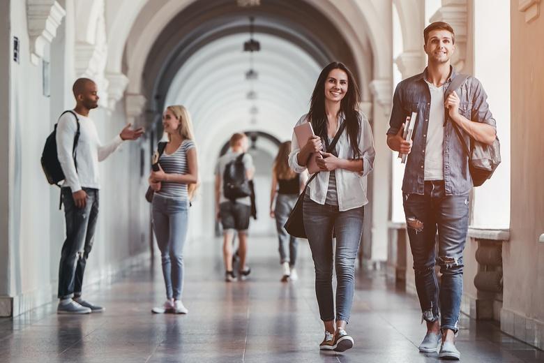 Студенты не пострадали от пандемии - лекции и экзамены не отменили фото