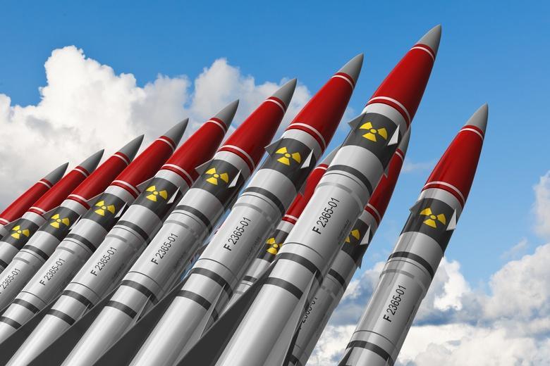 Ядерный запас меняется и начинается новая гонка вооружений фото
