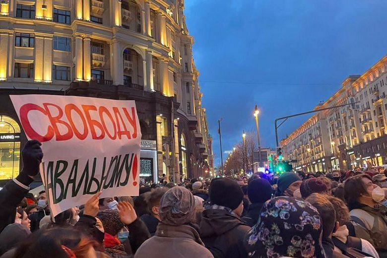 Навальный судится Фото: твиттер-акаунт @navalny_msk