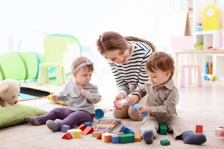 В Германии не принято оставлять детей на бабушек и дедушек, поэтому найм няни очень актуален