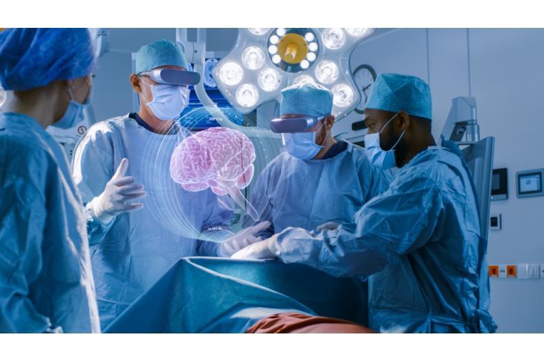 То, что кажется фантастикой, уже реализовано в клиниках Германии: операция на мозге с ассистированием робота ROSA