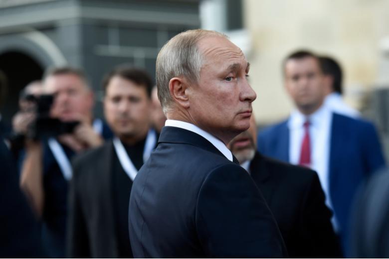 Путин предложил Зеленскому Фото: Автор: Asatur Yesayants / shutterstock.com