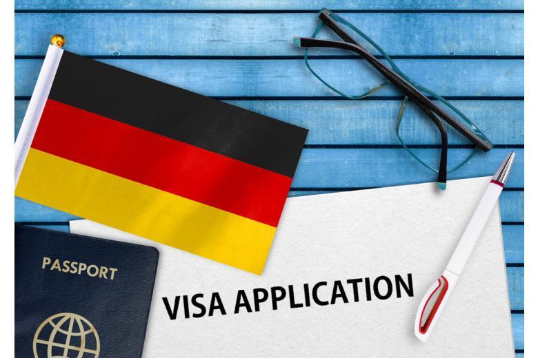 Первое, что необходимо оформить для трудоустройства в Германии, - рабочую визу