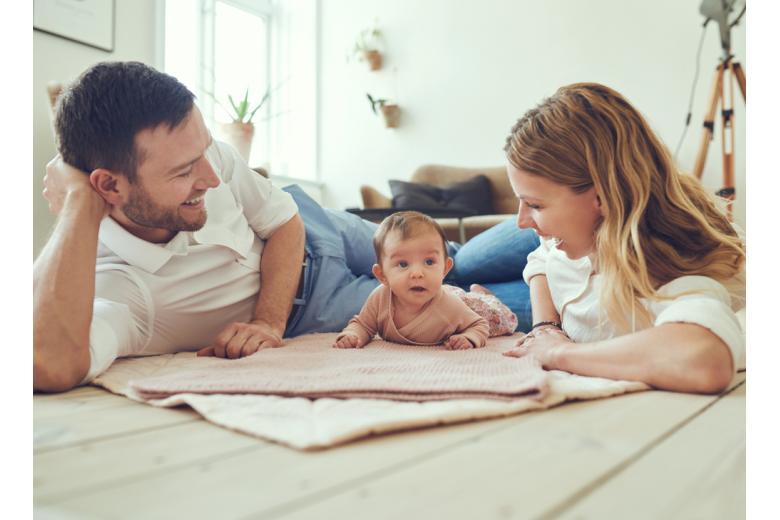 В Германии очень осознанно подходят к вопросу о пополнении семьи, потому как не принято возлагать свои трудности по воспитанию детей на бабушек и дедушек