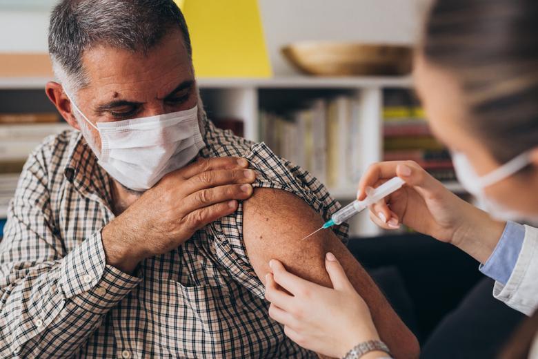 Вторая вакцинация в Германии Фото: Автор: Dejan Dundjerski/shutterstock.com
