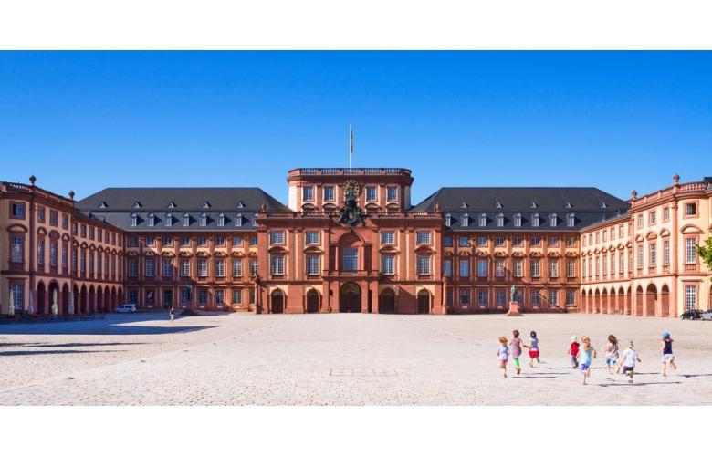 Мангеймский дворец (Schloss Mannheim)