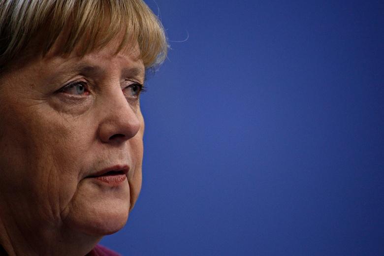 Меркель- детектив Фото: Автор: Alexandros Michailidis / shutterstock.com