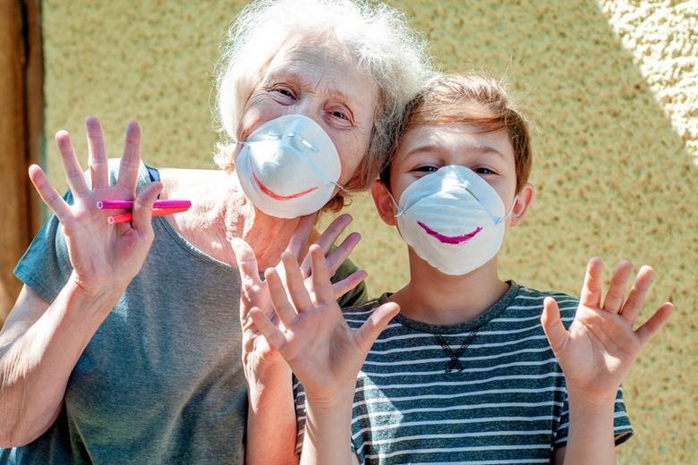 Восстановление обучения в немецких школах Фото: Автор: Alonafoto / shutterstock.com