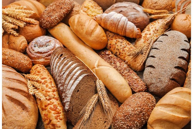 продажи хлеба в Германии / Фото: Timmary / shutterstock.com