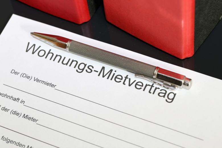 Договор аренду на квартиры в Германии. Фото: Palatinate Stock / shutterstock.com