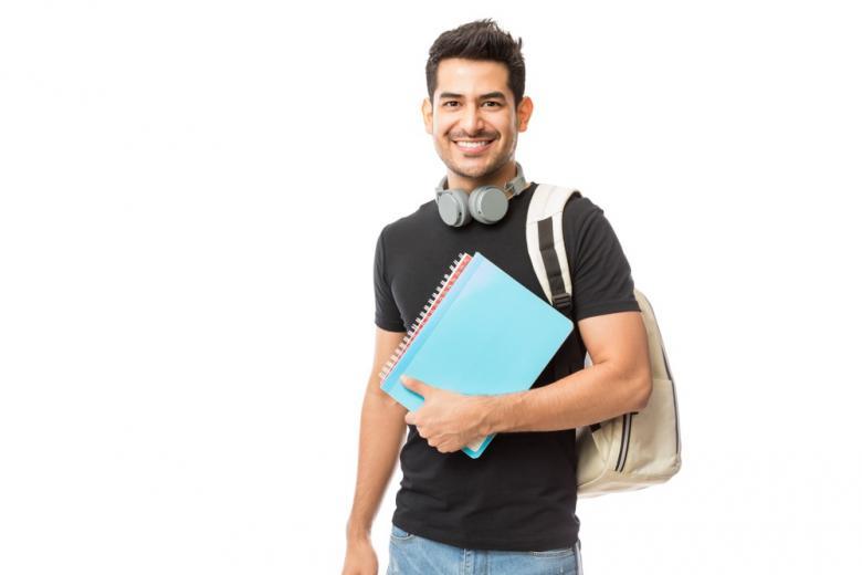 """В случае вынужденной смены студентом вуза """"кредиты"""" могут быть перенесены в части совпадающих предметов в программах этих вузов."""