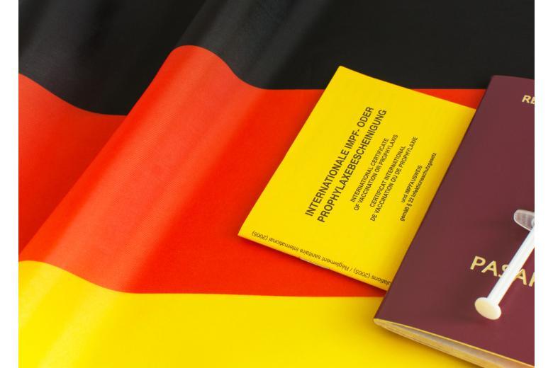 Германия открывает границы для вакцинированных Фото: Lilia Solonari/shutterstock.com