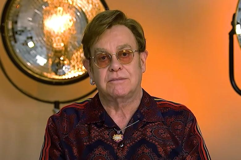 Фото: скриншот Ютюб-канала Elton John / https://youtu.be/eXkliW3F0UM