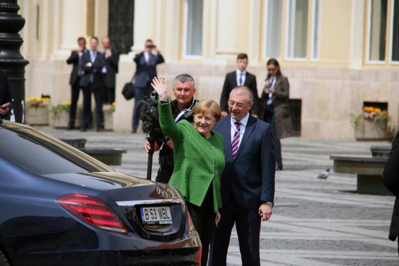 Меркель уходит / Фото: TCorina / shutterstock.com