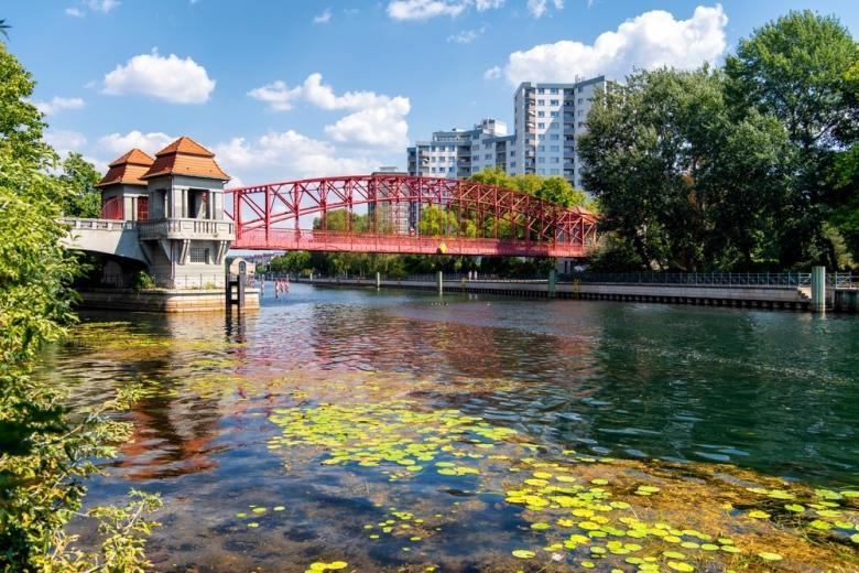 Место для купания в Берлине. озеро Tegeler See Место для купания в Берлине озеро Tegeler See