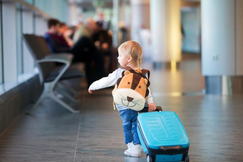 правила пересечения границ для детей / Фото: Tomsickova Tatyana / shutterstock.com