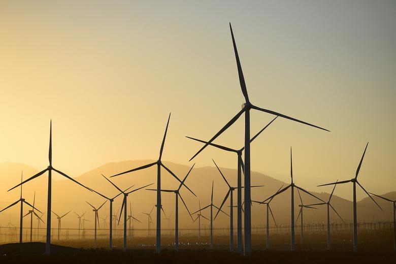 Ветряные электростанции в Германии Фото: Автор: saraporn / shutterstock.com