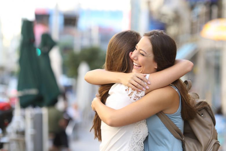 Воссоединение семьи. Фото: Antonio Guillem / shutterstock.com