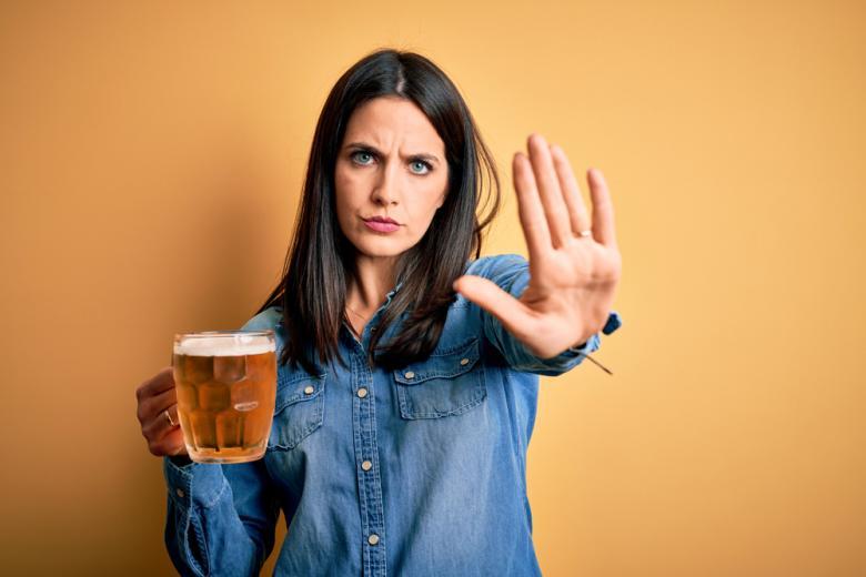 ВОЗ хочет запретить алкоголь Фото: Krakenimages.com/shutterstock.com