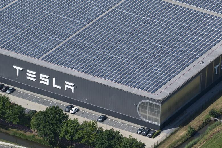 Завод Tesla Фото: Автор: Aerovista Luchtfotografie / shutterstock.com