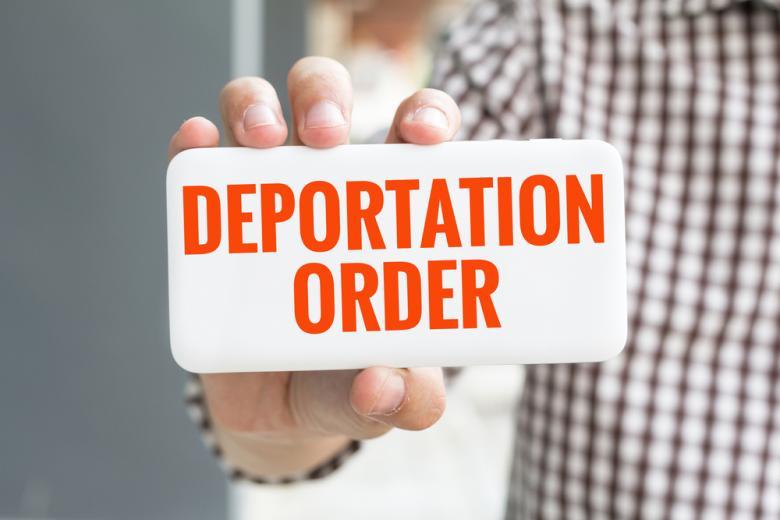 депортации в Афганистан Германия / Фото: KongNoi / shutterstock.com