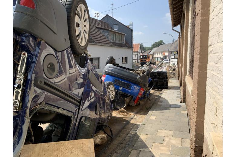 Последствия разрушительного потопа вГермании. Фоторепортаж газеты «Переселенческий Вестник» фото 4
