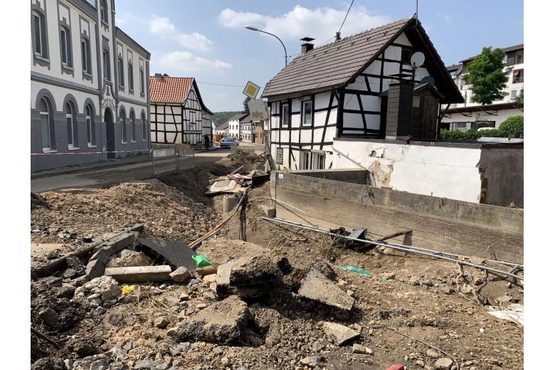 Последствия разрушительного потопа вГермании. Фоторепортаж газеты «Переселенческий Вестник» фото 7