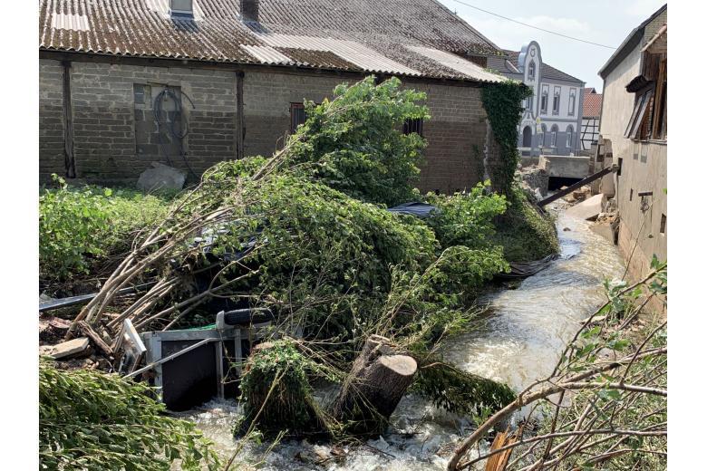 Последствия разрушительного потопа вГермании. Фоторепортаж газеты «Переселенческий Вестник» фото 10