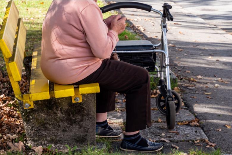 Получение немецкого пособия для иностранцев может быть возможным при условии, что человек 5 лет легально отработал в Германии. Фото: Animaflora PicsStock / shutterstock.com