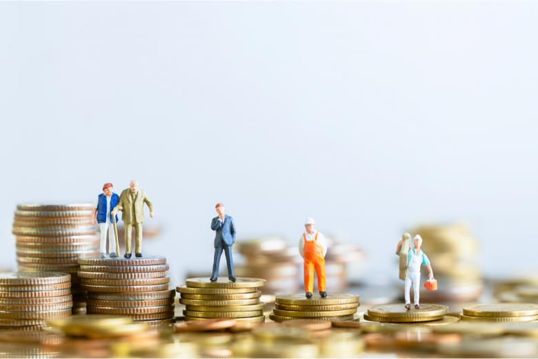 В Германии существует 6 налоговых классов, от которых зависит сумма уплачиваемого ежемесячно налога с доходов физлиц. Фото: TimeShops / shutterstock.com