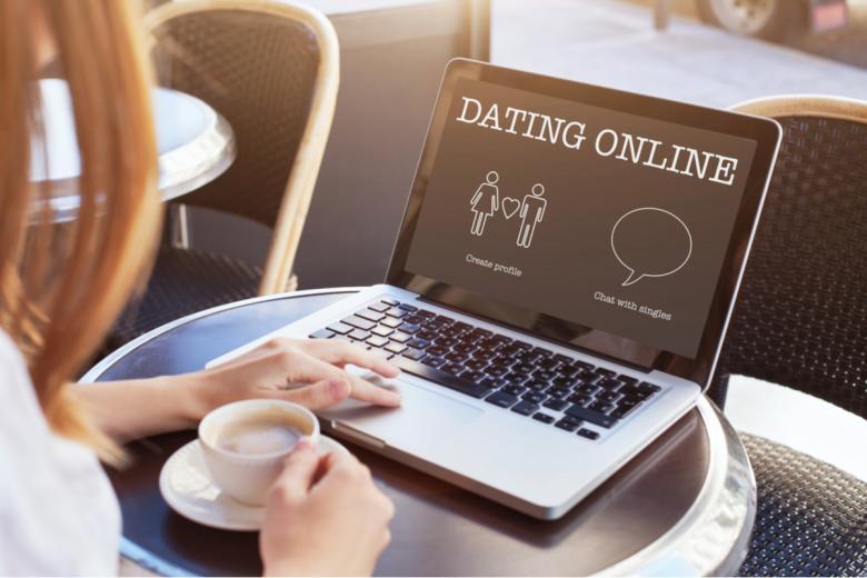 В современном обществе немцы возрастной категории 35+ предпочитают знакомиться онлайн. Фото: Song_about_summer / shutterstock.com
