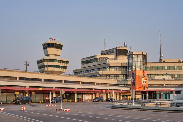 аэропорт Тегель и прилегающая площадка Фото: peter jesche/shutterstock.com