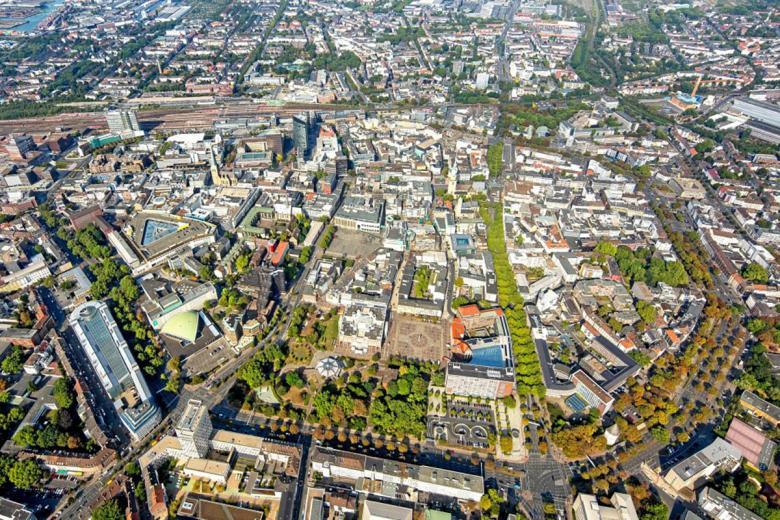 В центре Дортмунда есть четыре предполагаемых места обнаружения бомб. Существует угроза широкомасштабной эвакуации. Это затронет тысячи жителей вдоль Schwanenwall. Фото: Hans Blossey / www.blossey.eu