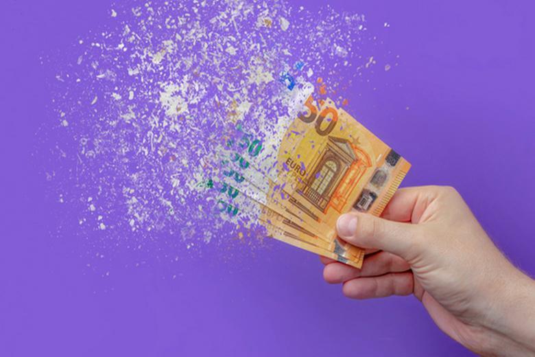 Инфляция в Германии-2021 Фото: Автор: SERSOLL / shutterstock.com