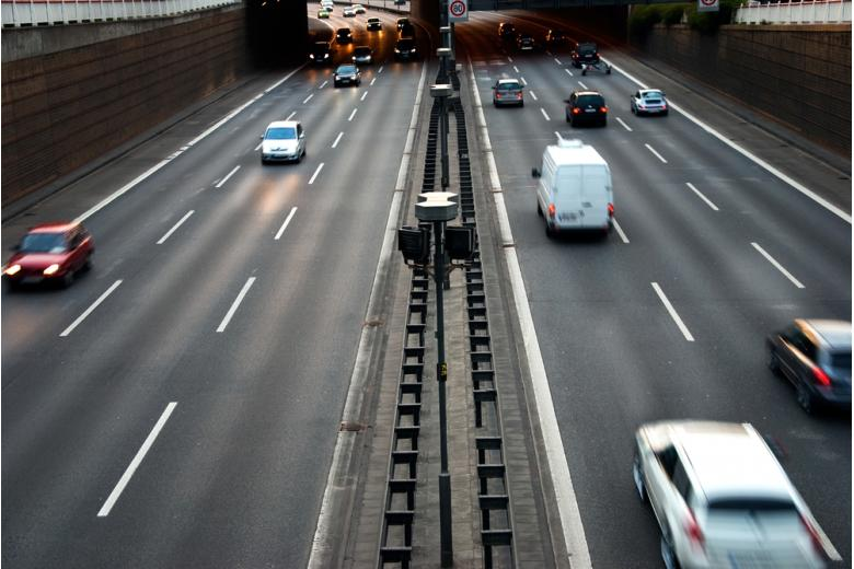 Немецкие автобаны, трасса в Берлине Фото: linerpics/shutterstock.com