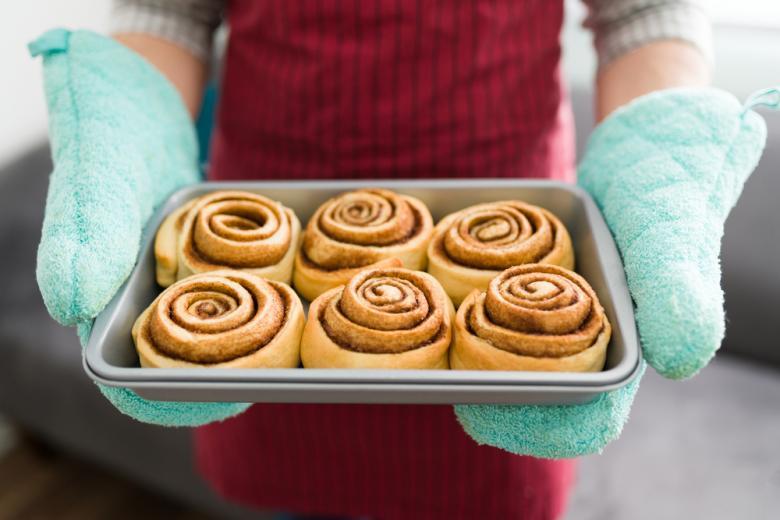 отравил жену булочкой с корицей Фото: antoniodiaz/shutterstock.com