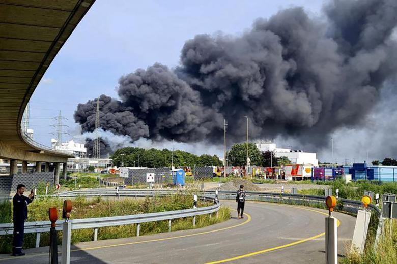 Взрыв в Леверкузене. Фото: twitter.com/OSMLFC