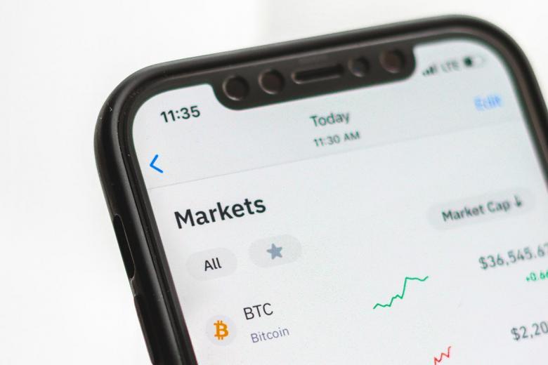 Перспективы развития Bitcoin. Фото: Behnam Norouzi / Unsplash.com