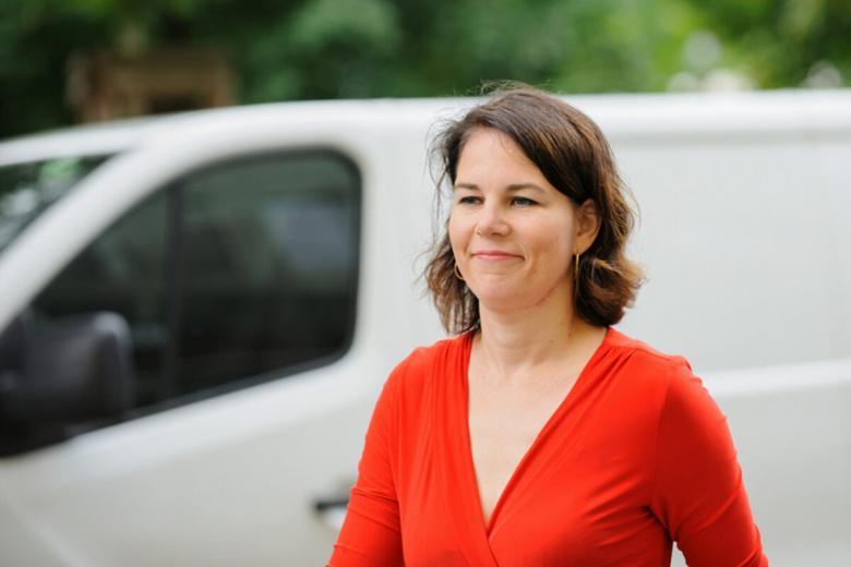 Плагиат в книгах кандидатов. Фото: Автор: photocosmos1/shutterstock.com