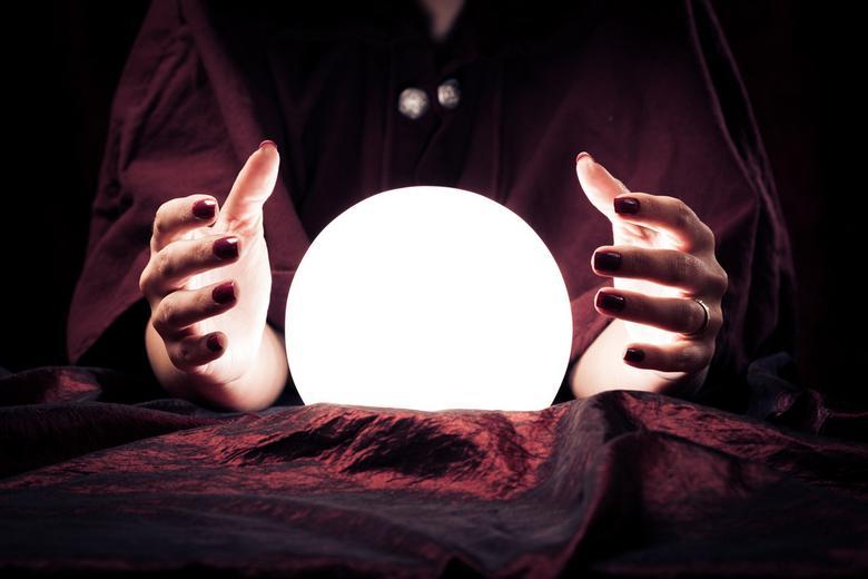 Обратитесь к магии Фото: Автор: nullplus / shutterstock.com