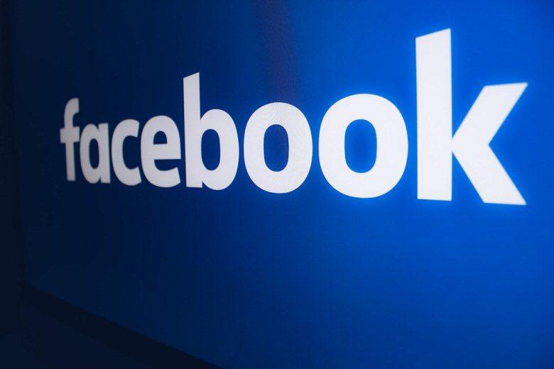 суд Москвы присудил новые штрафы для Facebook