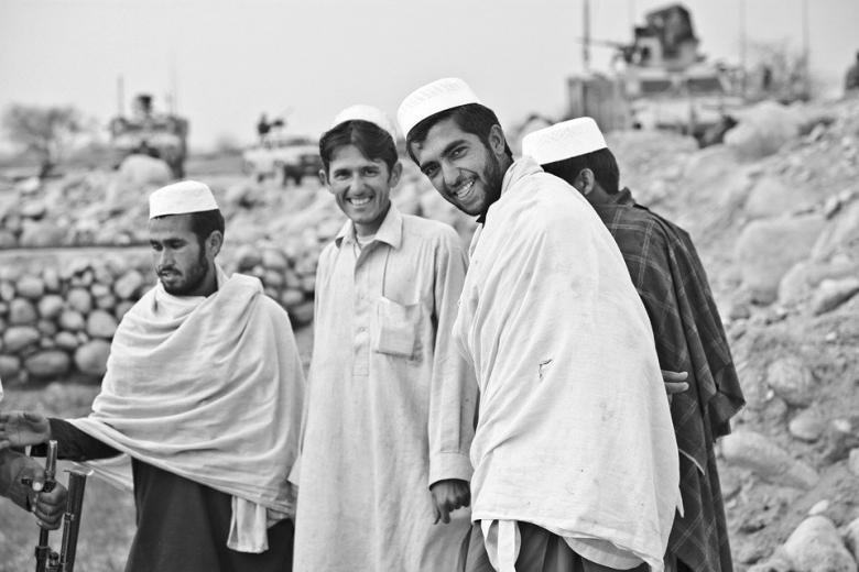 дискриминация со стороны беженцев-мусульман фото