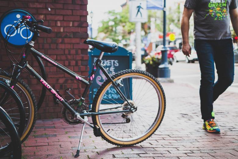 В Германии изобрели уникальный велосипед для слепых фото 1